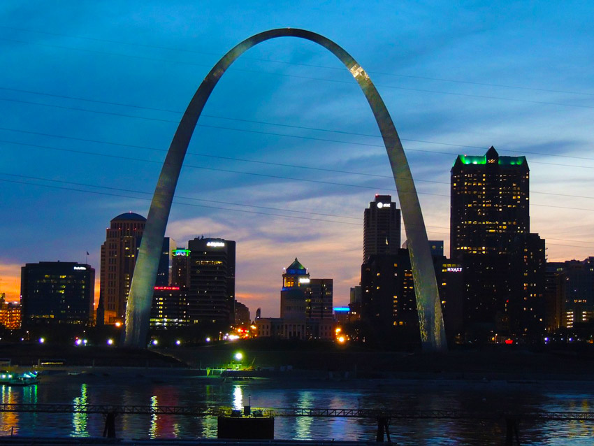 st-louis-things-to-do-in-Missouri-gateway-arch